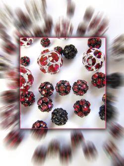 Rhinestone balls - MC chaton balls.