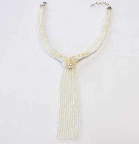 náhrdelník z bílého rokajlu
