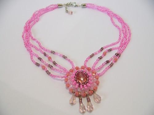 náhrdelník, tóny růžové