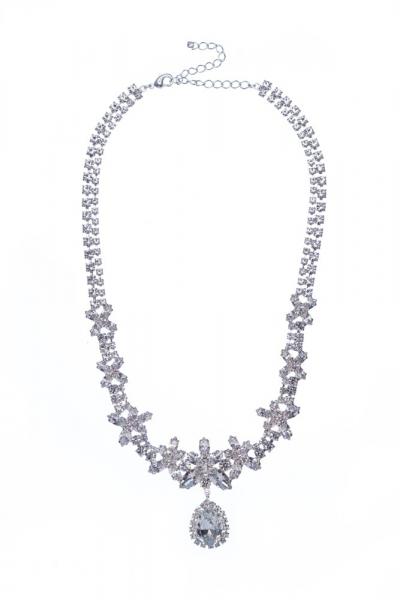 Elegantní náhrdelník s hruškou