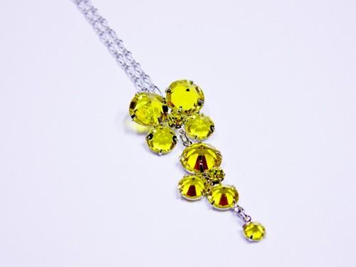 Žlutý šanelový náhrdelník