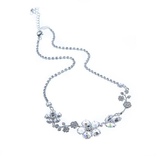 Krásný svatební náhrdelník - kytička
