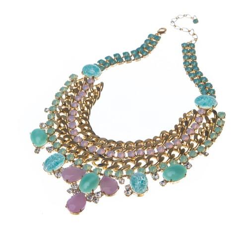 Nádherný náhrdelník se speciálními kameny na štrasu