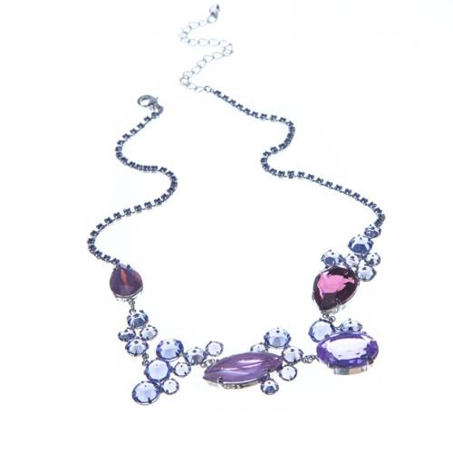 Originální šanelový náhrdelník se speciálními kameny