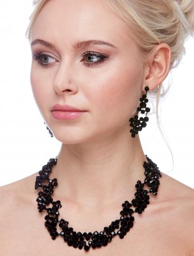 Výrazný originální šanelový náhrdelník