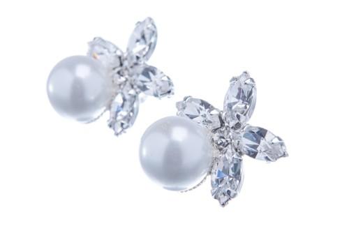 Štrasovo-perlové náušnice na puzetě