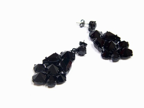 Black earrings made from czech rhinestones, black