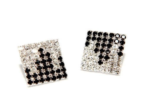 Earrings – square