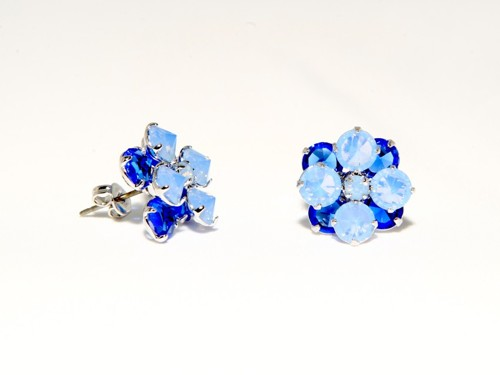 Two floor earrings – flower