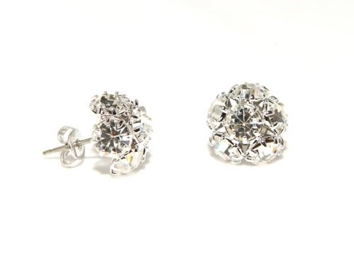 Small fashion earrings
