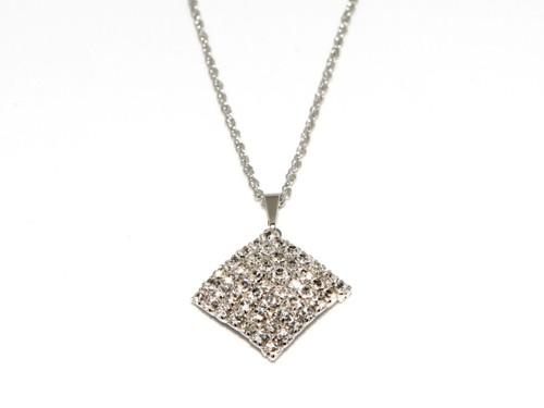 Pendant – square (including chain)