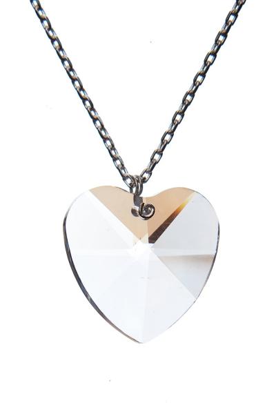 Broušené krystalové srdce na řetízku