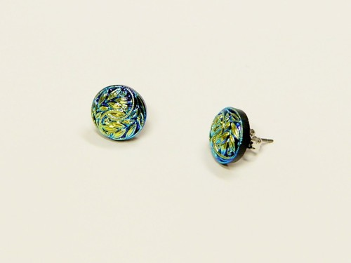 Earrings made from glass buttons