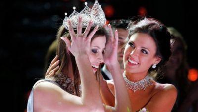 Krásky na Miss Rusko zdobily náhrdelníky Odvarkabijoux.com