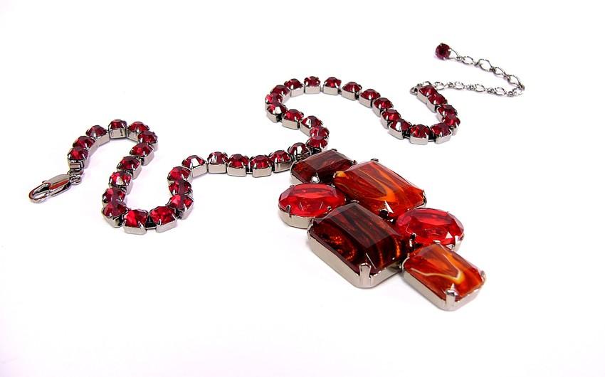 elegantní náhrdelník v paladiu